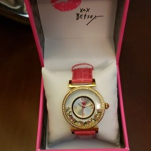 Betsey Johnson shaky bees & flowers watch